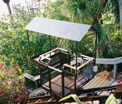 Florida Hillside Elevator Tram & Lift With Roof and Cooler Carrier Options